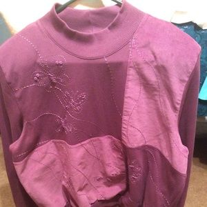 Pretty Alfred Dunner large sweatshirt top in vguc